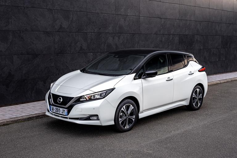 E' l'ora di Cupra Formentor VZ e-Hybrid - image leaf10 on https://motori.net