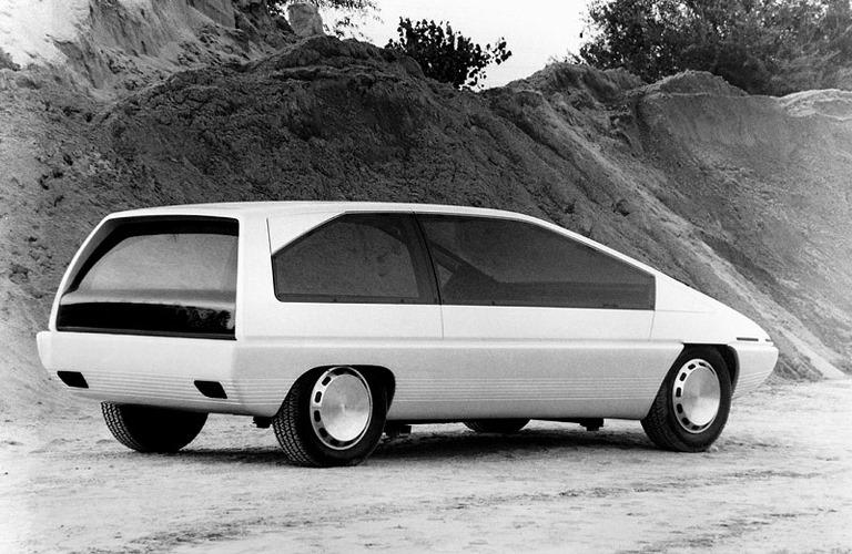 Nuovo Renault Kangoo,  multispazio elegante e generoso - image Xenia on https://motori.net