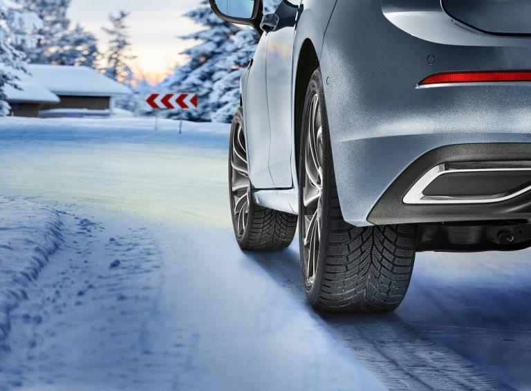 Nuovi invernali Continental per auto e SUV - image Wintercontact_TS870 on https://motori.net