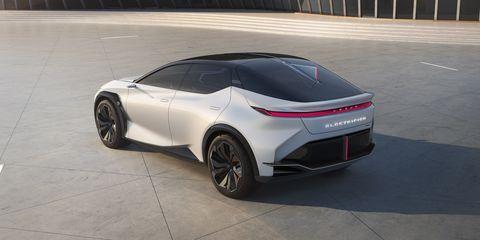 Kia EV6 apre una nuova frontiera nelle modalità d'uso dell'auto elettrica - image 2021-lexus-lfz-0002-1617199973 on https://motori.net