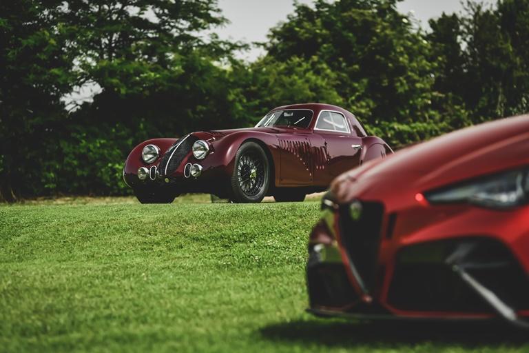 Abarth Sport e Prototipi 1949 - 1971 - image Alfa-Romeo-at-REB-Concours-2021 on https://motori.net
