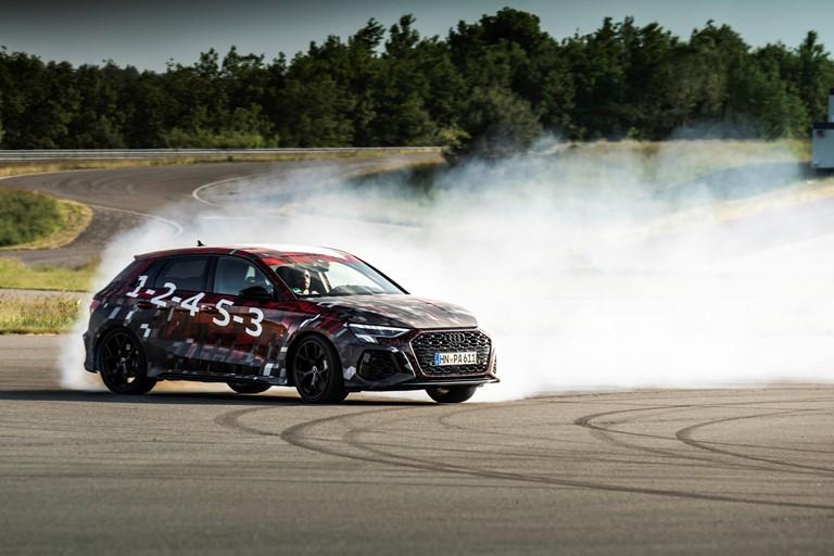 Euro NCAP: 5 stelle per Audi, Lynk, Nio, Subaru eToyota - image Audi-RS-3-Sportback-camouflage on https://motori.net