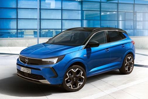 JLR prepara una Defender a fuel cell - image Opel-Grandland-Hybrid4 on https://motori.net