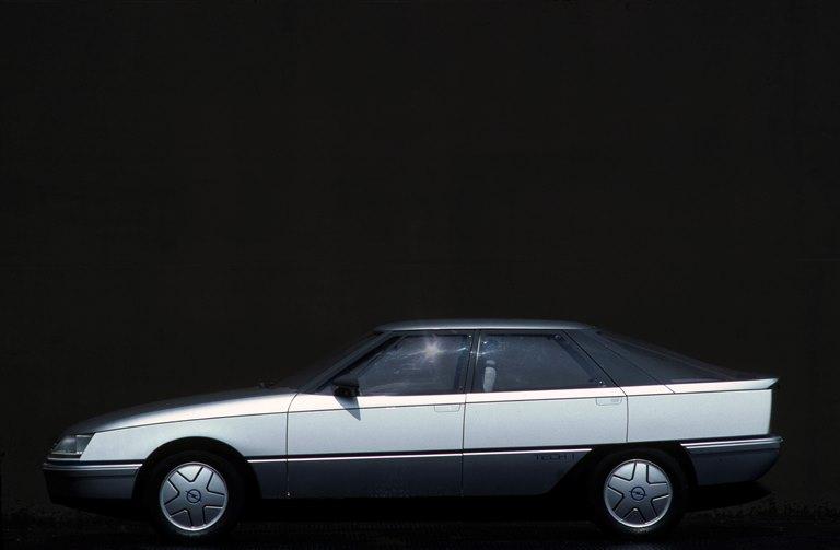 120 anni di automobili Opel - image 1981-Opel-Tech-1 on https://motori.net