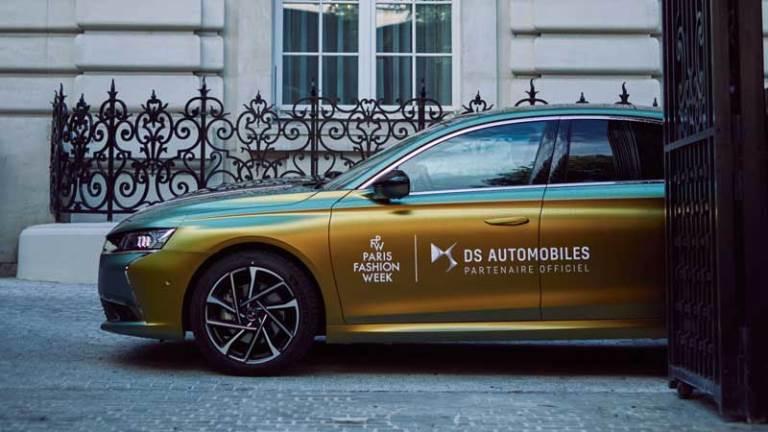 """Il prototipo Dakar 2022 """"laboratorio"""" Audi per la mobilità elettrica del futuro - image DS-9-PROTAGONISTA-ALLA-PARIS-FASHION-WEEK-CON-UN-ESEMPLARE-UNICO_1 on https://motori.net"""