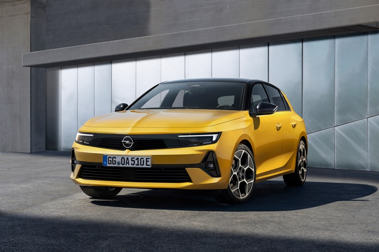 Bosch amplia la gamma di veicoli elettrici - image Opel-Astra on https://motori.net