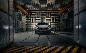 Nissan rompe il silenzio del motore elettrico