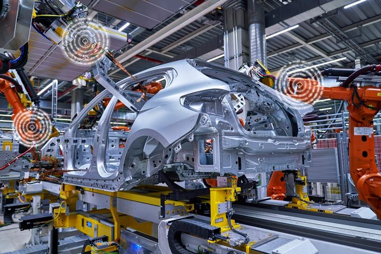 Porsche Panamera Exclusive Series: lusso personalizzato - image predictive-maintenan on https://motori.net