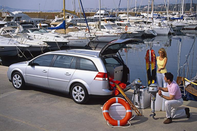 Opel HydroGen3 compie 20 anni - image 2003-Vectra-C-SW on https://motori.net