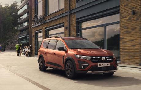 Dacia Jogger reinventa la familiare a 7 posti - image 2021-Dacia-Jogger-Extreme on https://motori.net