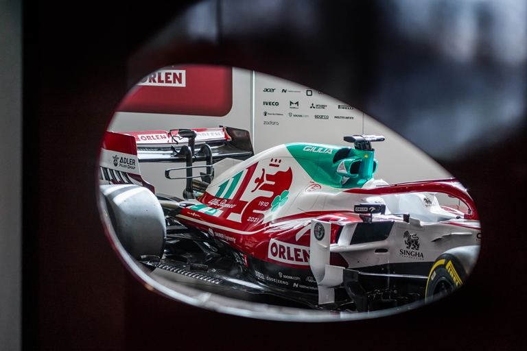 Formula 1: Bottas passa all'Alfa Romeo - image Italian-Flag. on https://motori.net