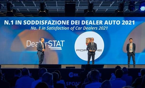 """La nuova stagione del Bologna """"parte"""" con BFGoodrich - image Porsche-dealer on https://motori.net"""