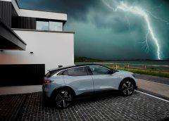 VW ID. Life, in anteprima mondiale - image Renault-Mgane-E-TECH-Electric-Nature-240x172 on https://motori.net