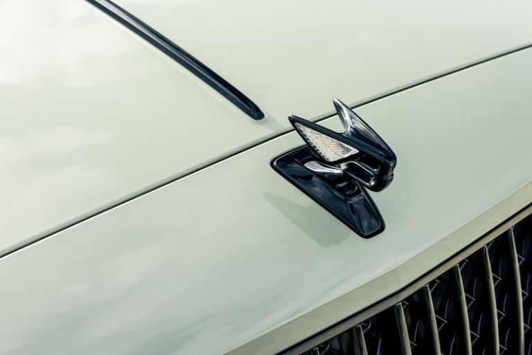 Nissan Italia premia le sue concessionarie - image heritage_paint_-_4_-_sage_green on https://motori.net