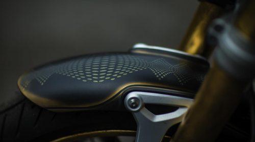 BMW R nineT si veste di tatuaggi - image 001292-000022195-500x280 on https://moto.motori.net