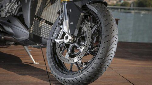 METZELER presenta a il nuovo pneumatico Sport Touring Radiale ROADTEC 01 - image 009444-000103828-500x280 on https://moto.motori.net