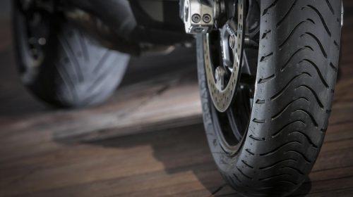 METZELER presenta a il nuovo pneumatico Sport Touring Radiale ROADTEC 01 - image 009444-000103831-500x280 on https://moto.motori.net