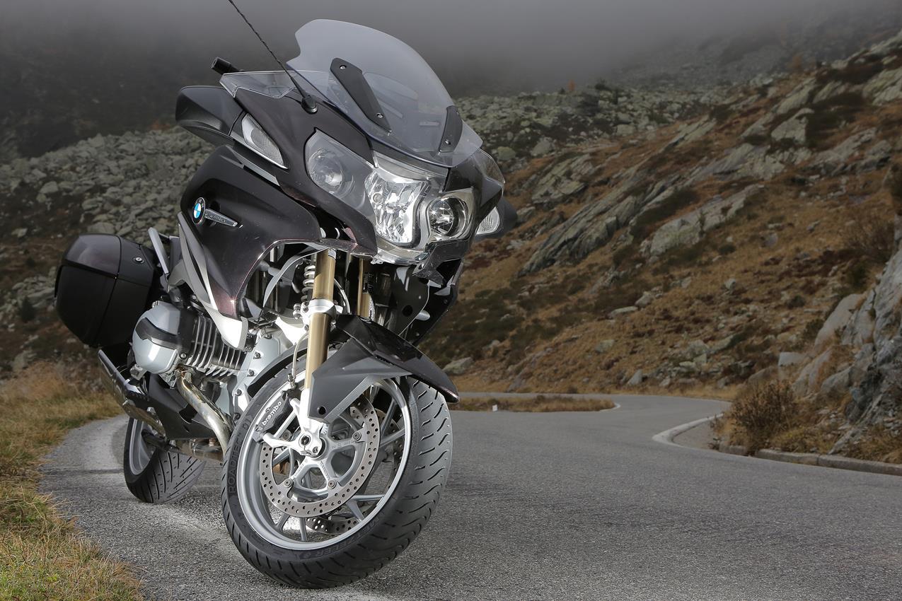 METZELER presenta a il nuovo pneumatico Sport Touring Radiale ROADTEC 01 - image 009444-000103834 on https://moto.motori.net
