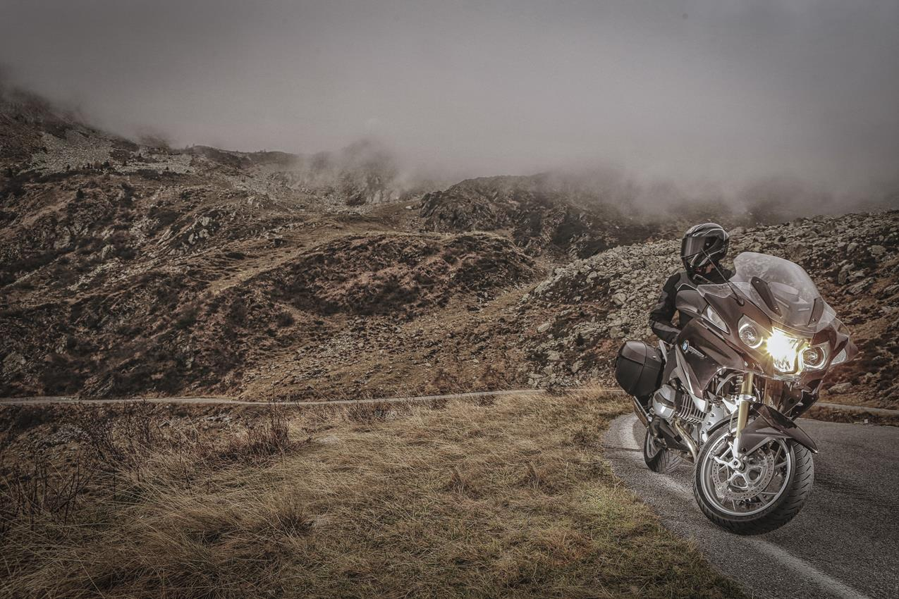 METZELER presenta a il nuovo pneumatico Sport Touring Radiale ROADTEC 01 - image 009444-000103835 on https://moto.motori.net