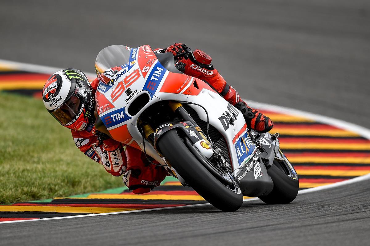 GP di Germania: ottavo Andrea Dovizioso, undicesimo Jorge Lorenzo - image 009552-000104770 on https://moto.motori.net