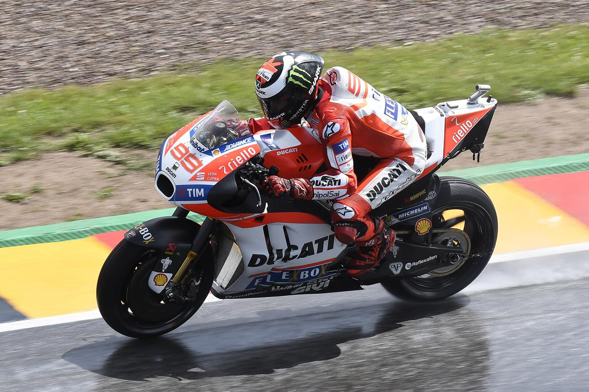GP di Germania: ottavo Andrea Dovizioso, undicesimo Jorge Lorenzo - image 009552-000104774 on https://moto.motori.net