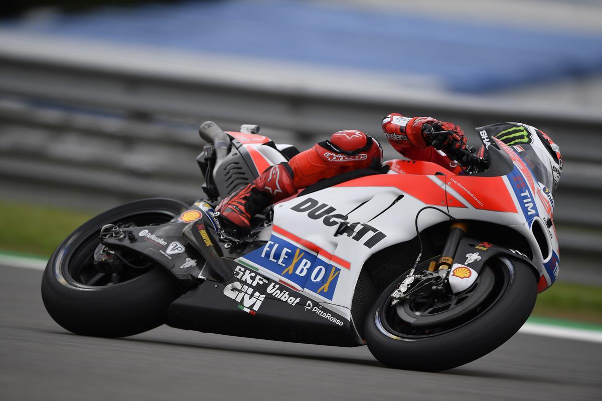 GP di Germania: ottavo Andrea Dovizioso, undicesimo Jorge Lorenzo - image 009552-000104781 on https://moto.motori.net