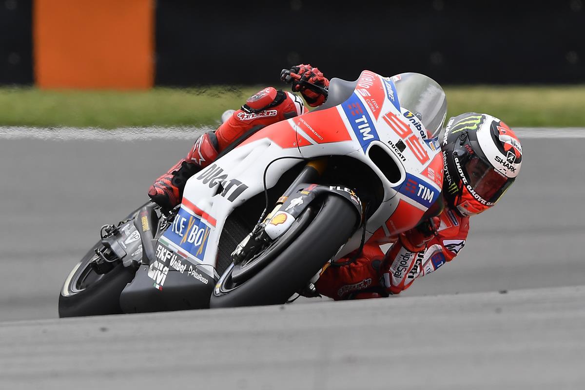 GP di Germania: ottavo Andrea Dovizioso, undicesimo Jorge Lorenzo - image 009552-000104786 on https://moto.motori.net