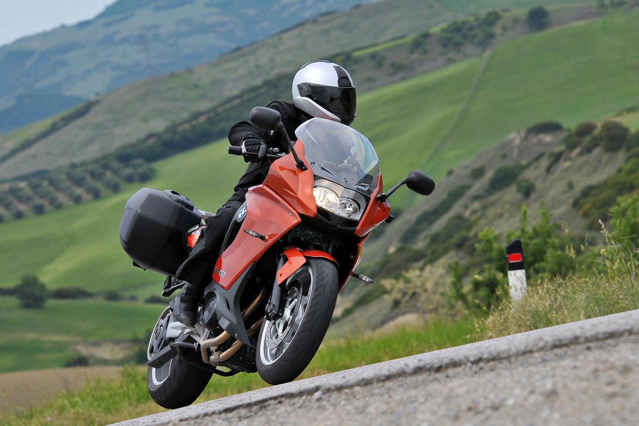 Listino Bmw C650 GT Scooter oltre 300 - image 14449_bmw-f800-gt on https://moto.motori.net