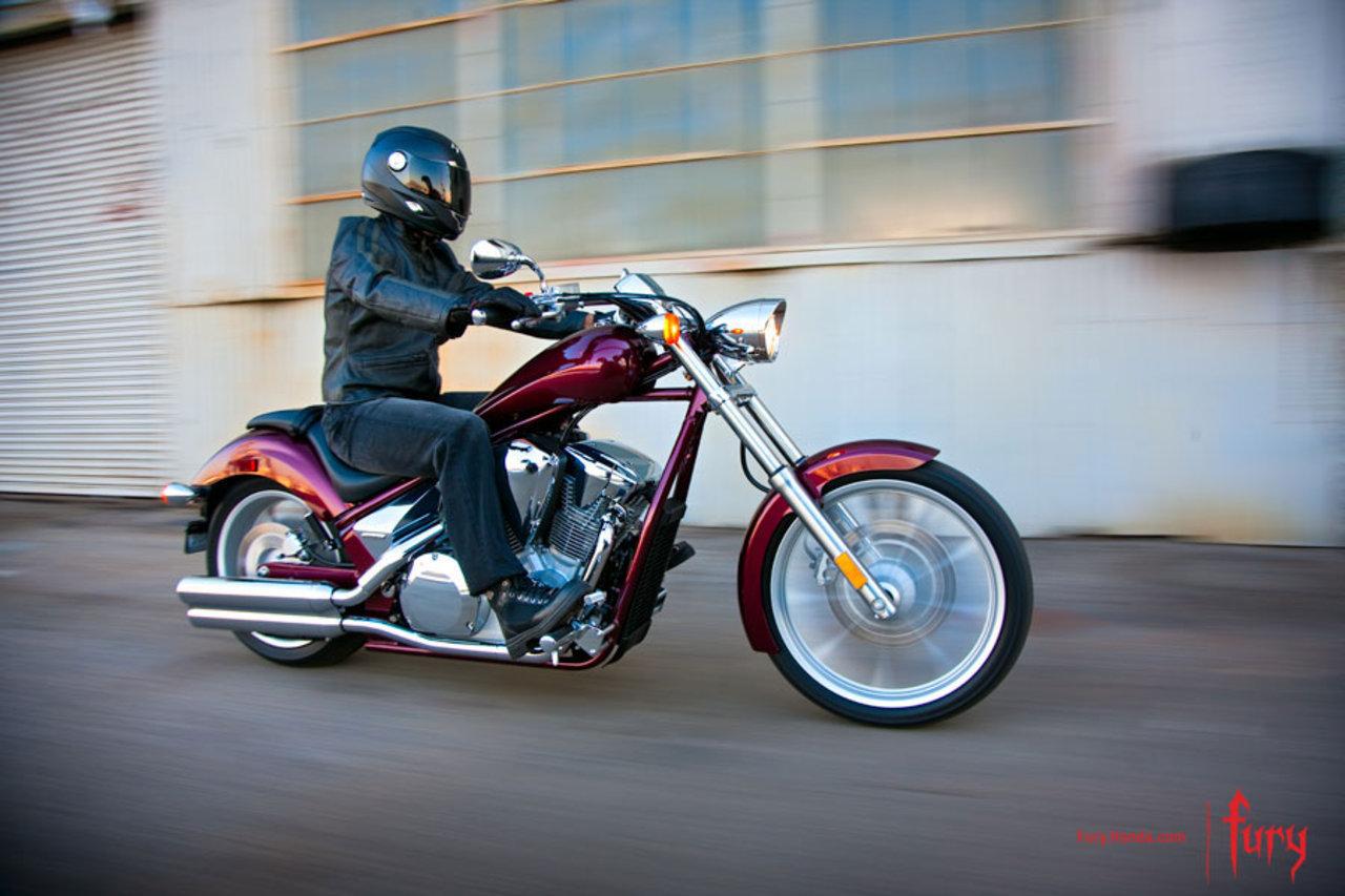 Listino Honda CB500R ABS Sport - image 14746_honda-vt1300cx on https://moto.motori.net