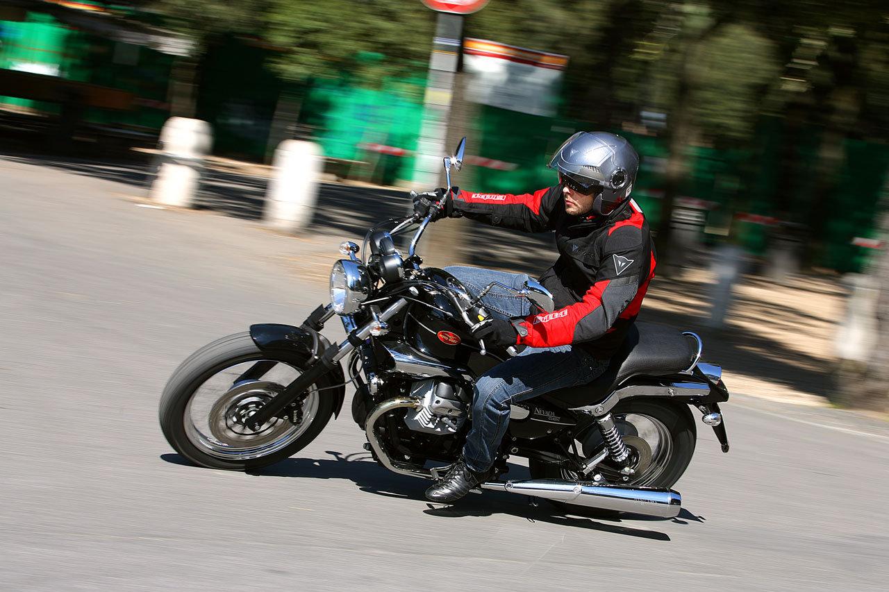 Listino Moto-Guzzi Bellagio 940 Custom e Cruiser - image 14954_moto-guzzi-nevada750 on https://moto.motori.net