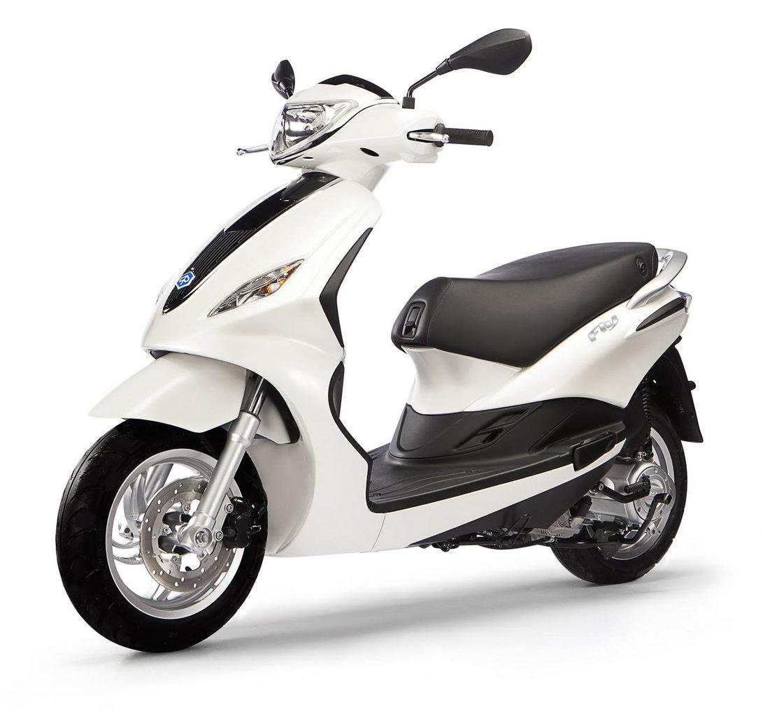 Listino Piaggio Fly 150 Scooter 150-300 - image 15067_piaggio-flynew-50-4t-4v on https://moto.motori.net