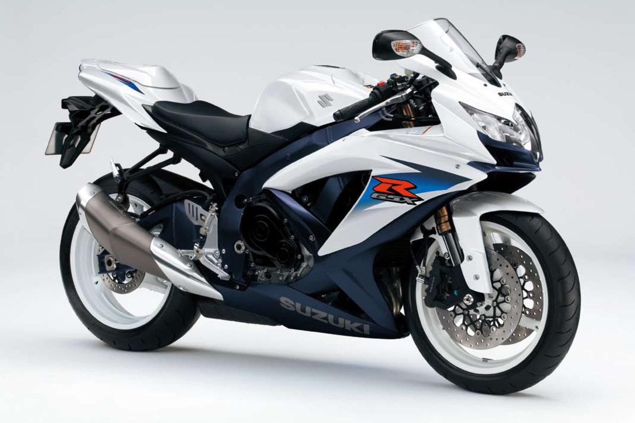 Listino Suzuki GSX-R 600 SuperSport 600 - image 15211_suzuki-gsx-r600 on https://moto.motori.net
