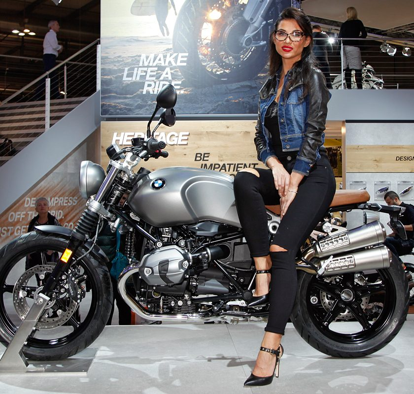 Così Ducati nella MotoGP 2019 - image EICMA_2015_-_BMW_-_01-840x800 on https://moto.motori.net