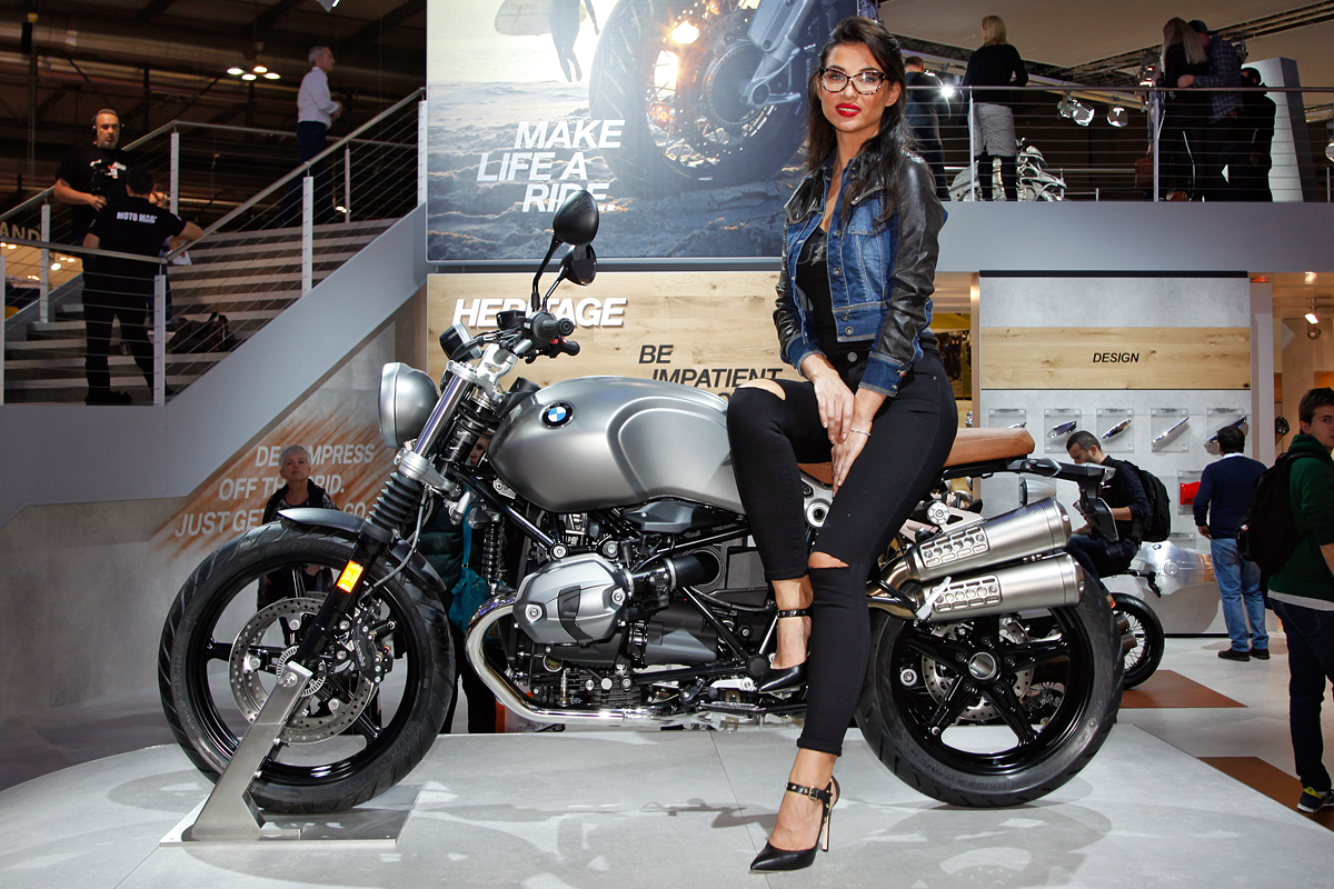 BMW Motorrad ad EICMA 2017 - image EICMA_2015_-_BMW_-_01 on https://moto.motori.net