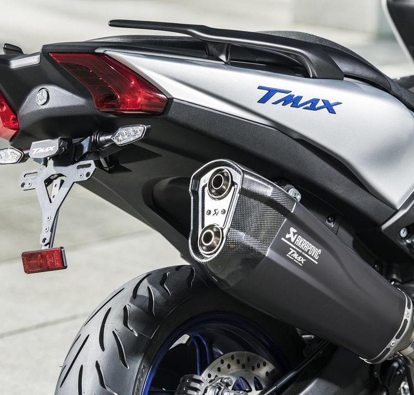 T-MAX Sport Edition: disponibile da aprile nelle concessionarie ufficiali Yamaha - image 2018_yam_xp500sxse_eu_ms1_det_002-58809-59171-840x800 on https://moto.motori.net