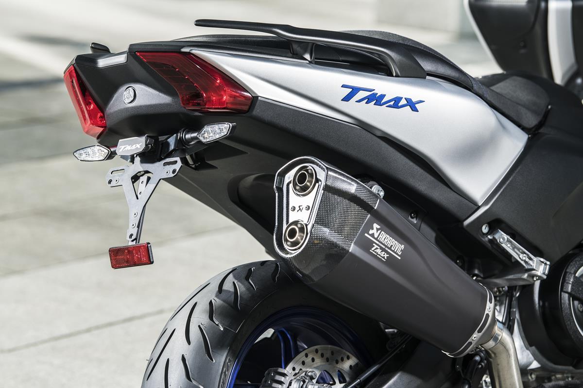 T-MAX Sport Edition: disponibile da aprile nelle concessionarie ufficiali Yamaha - image 2018_yam_xp500sxse_eu_ms1_det_002-58809-59171 on https://moto.motori.net